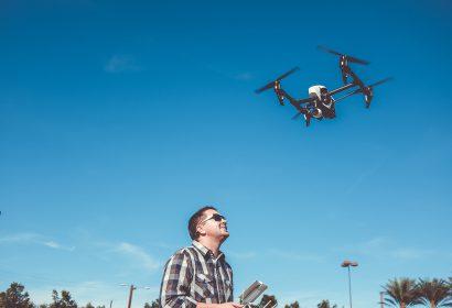 ドローンはamazon!|空撮におすすめのWIFIカメラ付きモデル!初心者必見