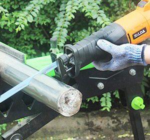 防刃手袋は庭木の作業に必要だ!