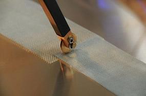 スポット溶接機のローラー式電極
