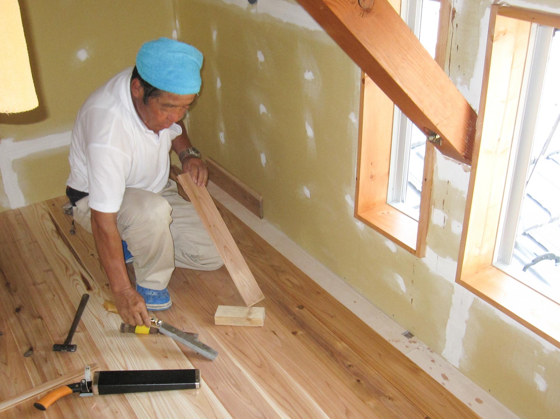 石膏ボードに木工ボンドを使うのはアリ?石膏ボードの接着をするには