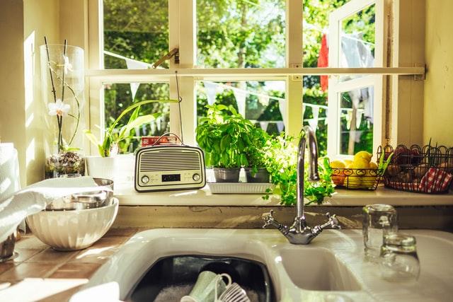 ガーデンシンクとは?おしゃれな庭DIYにおすすめのシンクをご紹介!