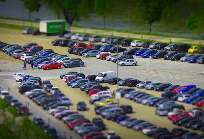 駐車場をDIY方法とは?失敗しない基本の作り方や業者に頼む時の費用などもご紹介! アイキャッチ画像