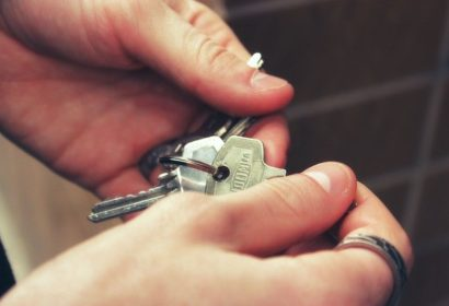 安く家を建てるには?安いローコスト住宅の基礎知識を徹底解説! アイキャッチ画像