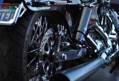 バイクの簡単なサビ取り方法とは?便利なサビ落としアイテムもご紹介!