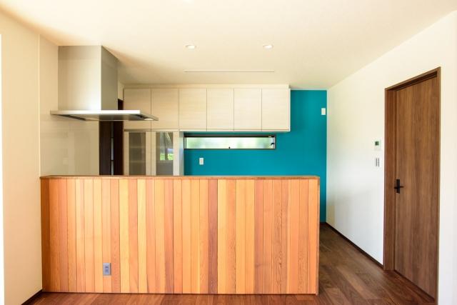 DIYでおしゃれなキッチンカウンターに!簡単収納術を徹底紹介!