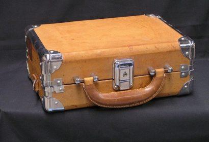 【最新】人気ブランドのおすすめスーツケース10選を徹底紹介! アイキャッチ画像