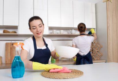 掃除に関する資格の種類とは?費用や内容を詳しく解説! アイキャッチ画像