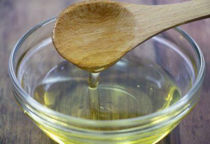 料理におすすめの油とは?油の種類・特徴と正しい使い方を徹底解説! アイキャッチ画像