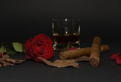 【2021】おすすめのバーボン銘柄22選!女性も飲みやすい甘みが大人気! アイキャッチ画像