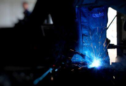 溶接工の資格|取得費用や難易度を初心者向けに解説 アイキャッチ画像