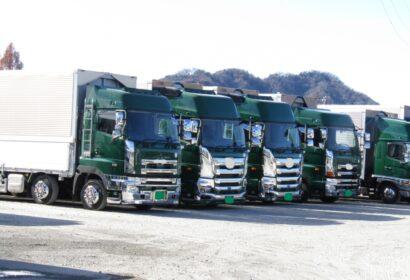 【長距離トラックドライバー】の仕事内容から給料・必要な資格まで徹底解説! アイキャッチ画像