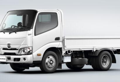 普通免許で2tトラックは運転できる?その際の注意など詳しく解説! アイキャッチ画像