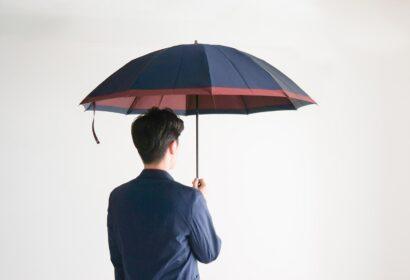 メンズ人気折りたたみ傘おすすめ15選!軽量で高耐久な商品をご紹介! アイキャッチ画像